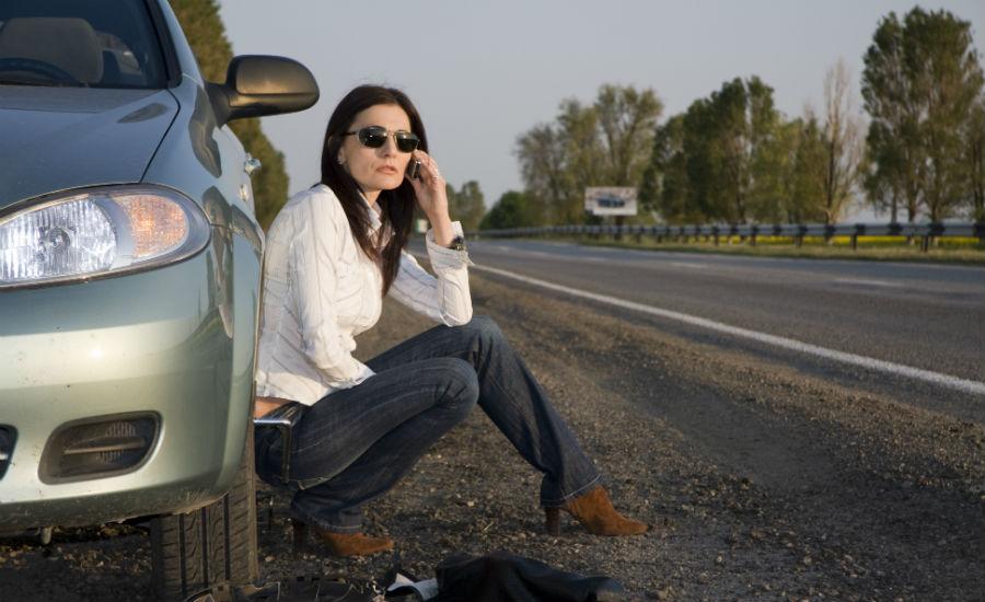 girl-flat-tire